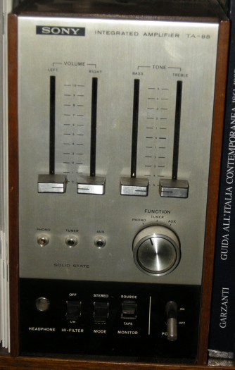 AMPLIFICATORE SONY