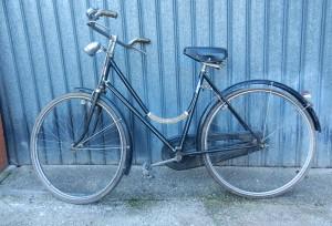 Bicicletta con freni a bacchetta