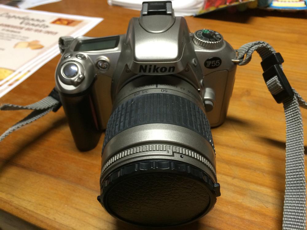 Macchina fotografica Nikon F55
