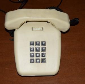 Telefono a tastiera bianco