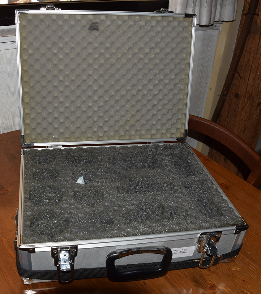 valigetta da fotografo porta attrezzatura 30